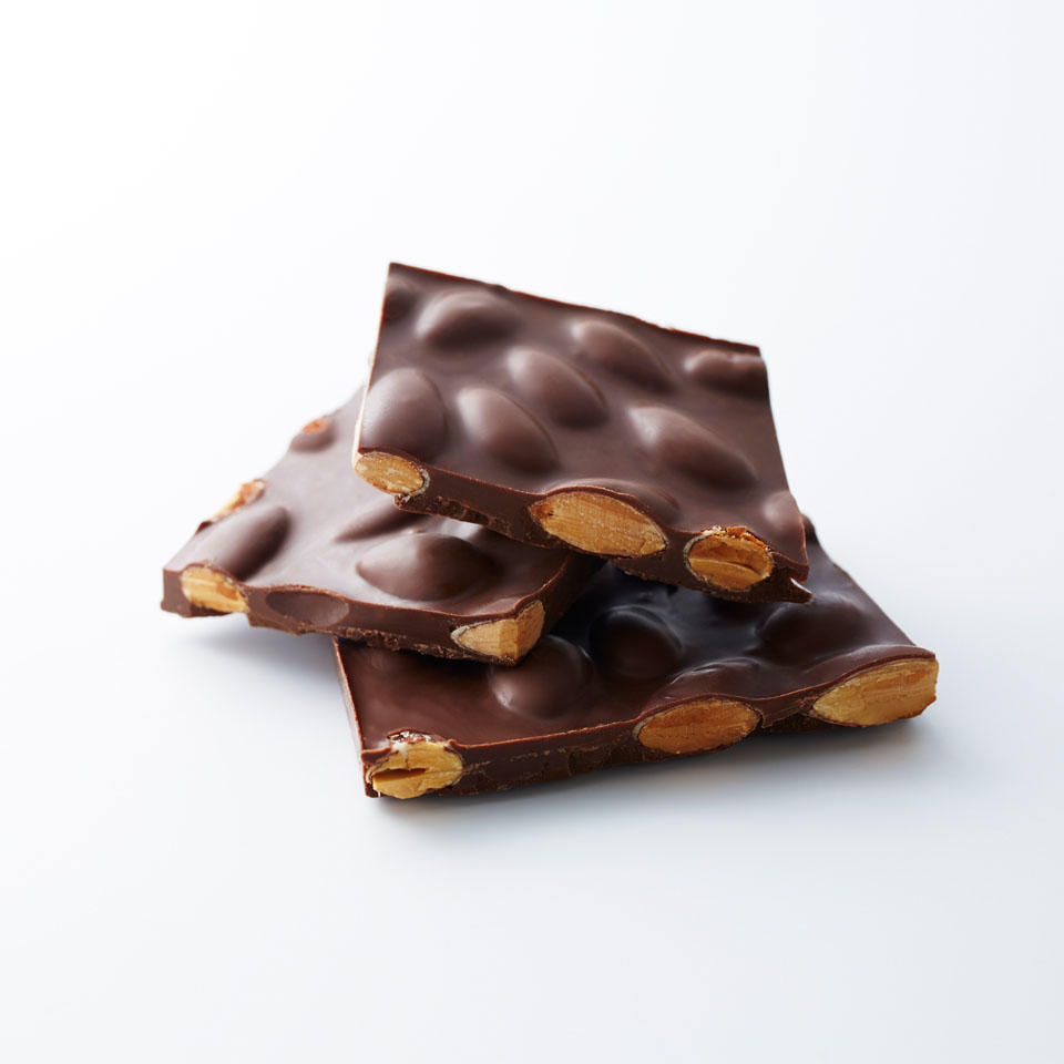 ミルクチョコレート<br>&アーモンド